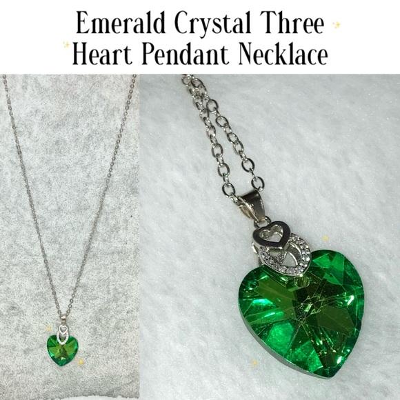 Sweet Emerald Crystal Three Heart Pendant Necklace